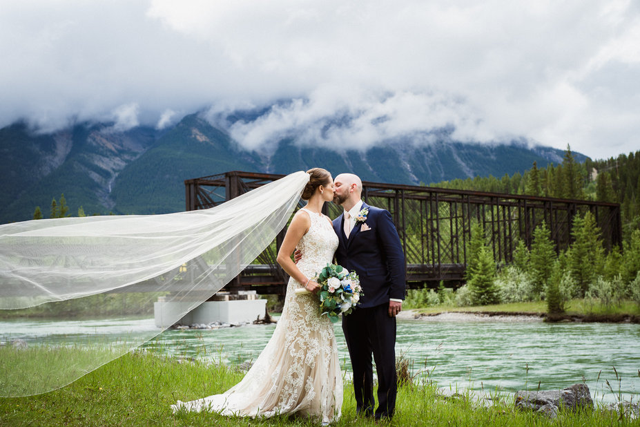 Wedding photos at Canmore Engine Bridge