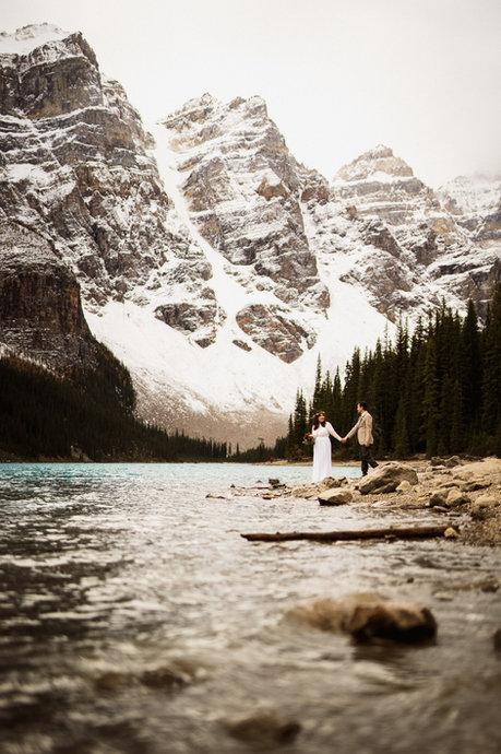 Moraine Lake wedding photographers