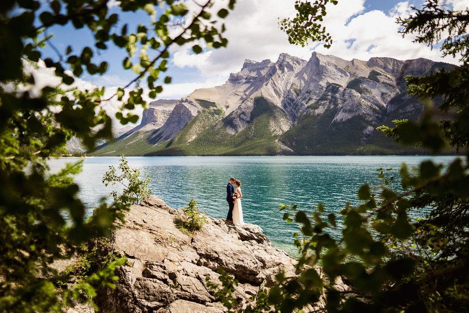 Alex Popov Photography is a Banff wedding photographer