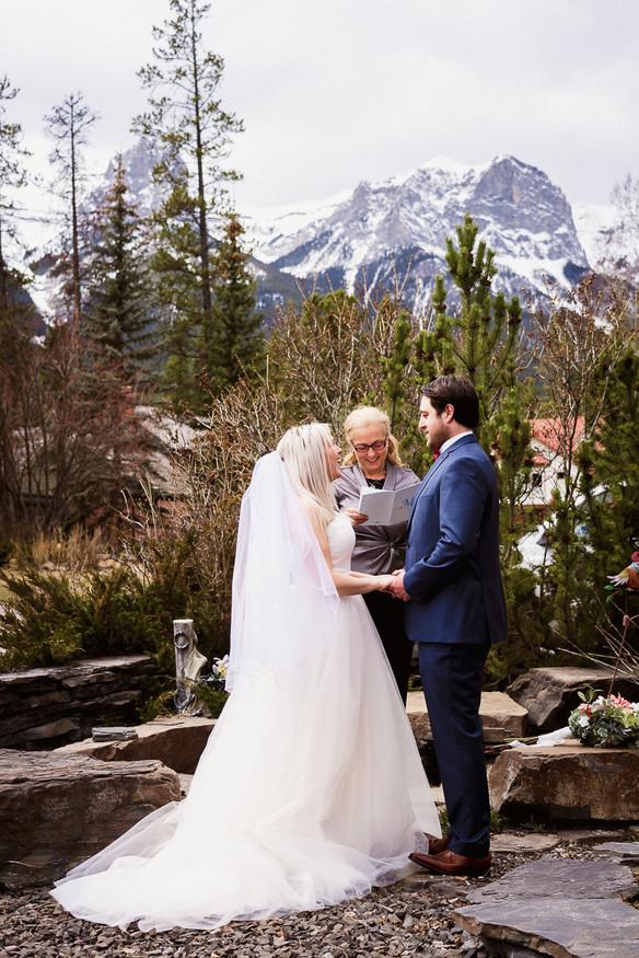 Banff elopement photographer at beautiful Spring elopement