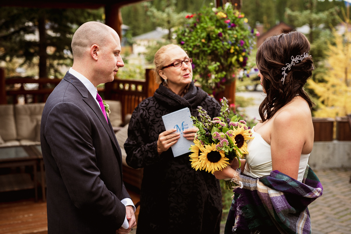 Canmore elopement photographer at wedding ceremony