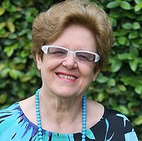 Gessy Carísio de Paula é autora em Minas Editora e minasbook.com