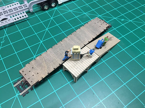 HO scale 1:87 custom built loading dock with ramp modular