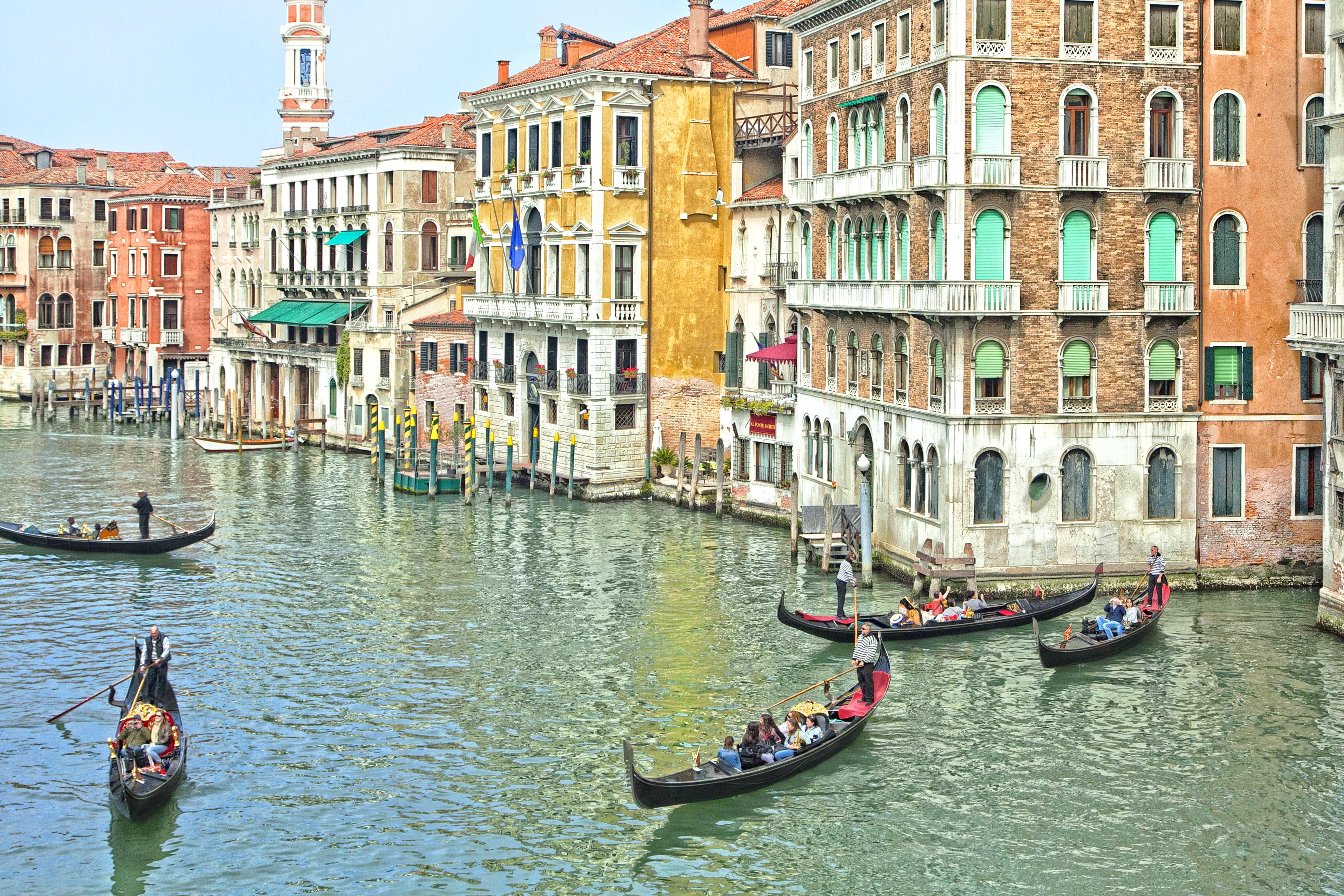 Venice 2758