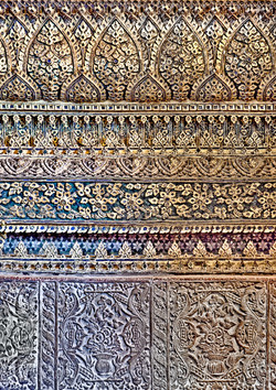 Wat Wall Gold 0897