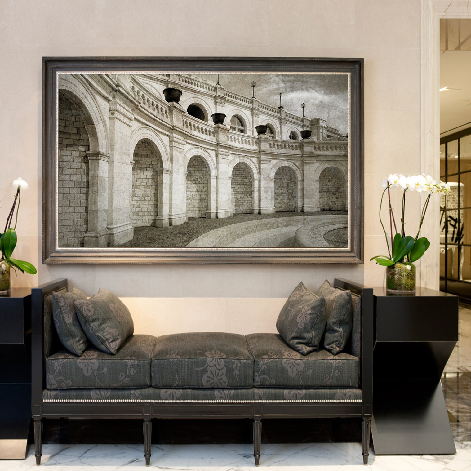 Capitol arches in lobby