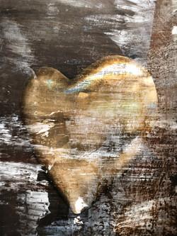 Gold Heart 1582
