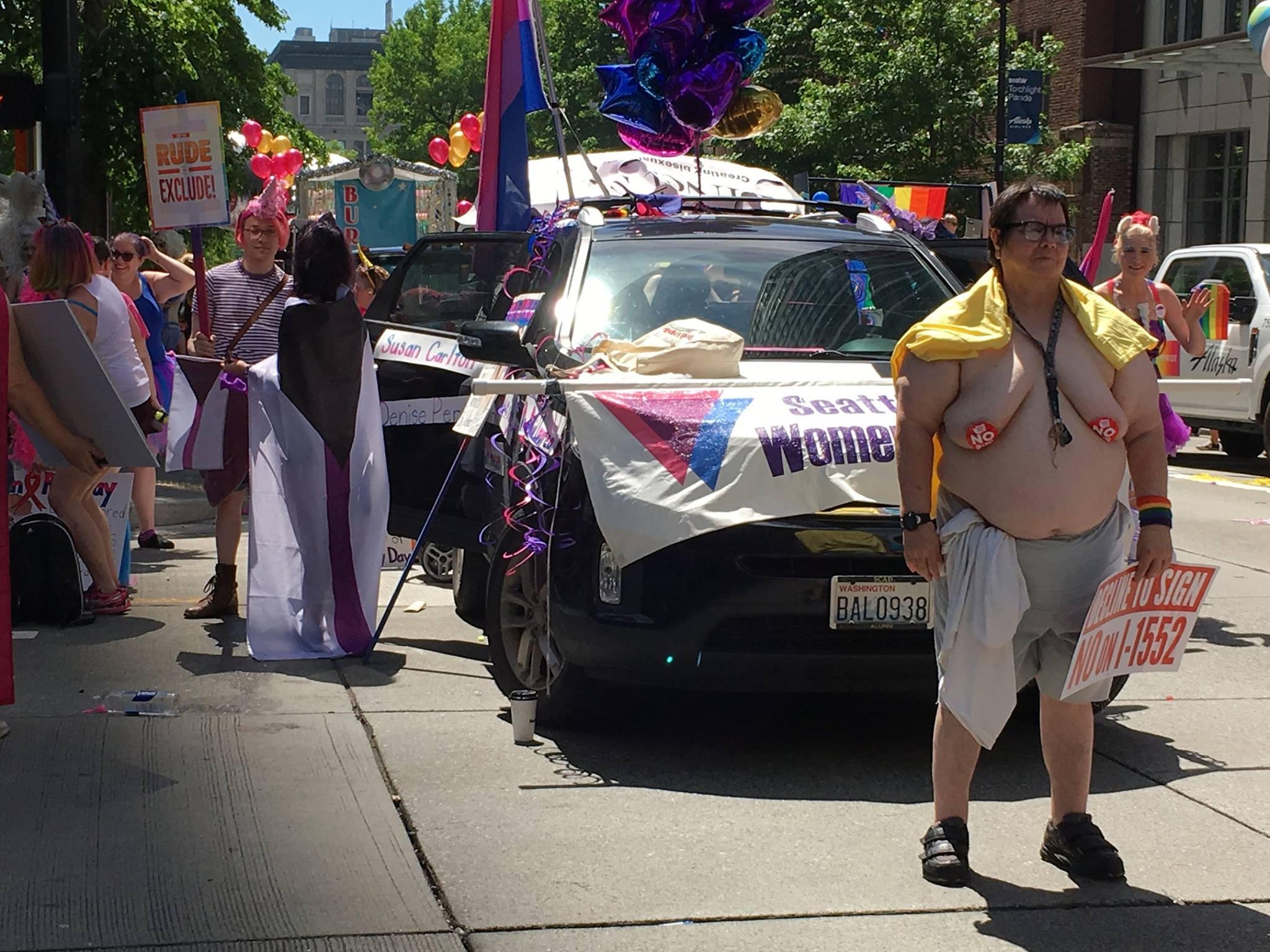 Seattle Bi Women's Network & BiNet Pride Parade 2017 (993)