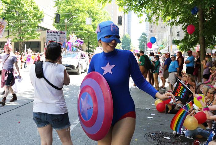 Seattle Bi Women's Network & BiNet Pride Parade 2017 (4)