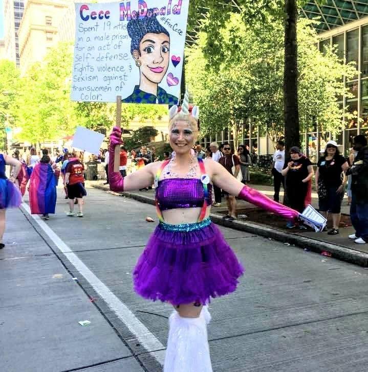 Seattle Bi Women's Network & BiNet Pride Parade 2017 (8)