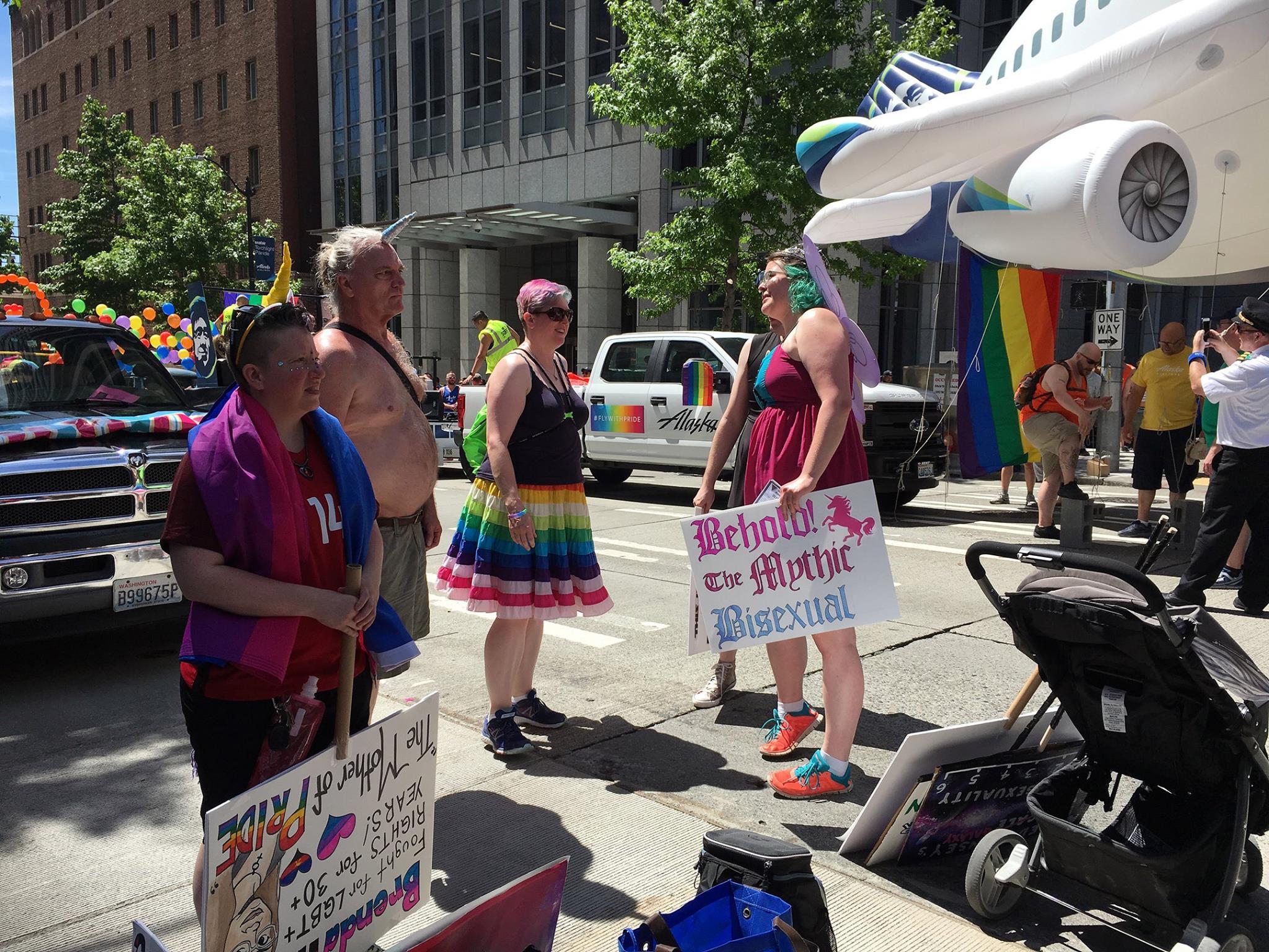 Seattle Bi Women's Network & BiNet Pride Parade 2017 (998)