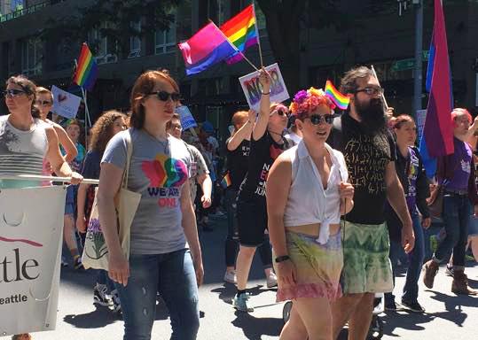BiNet Seattle & SBWN _ Solidarity Pride March 2017 - photos by Elizabeth Macios Cusimano (4)