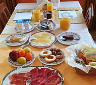 breakfast details.jpg