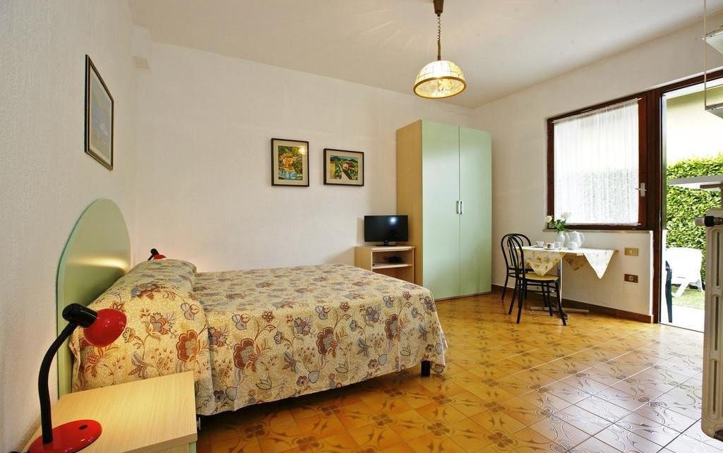 apartment augusta 1.jpg