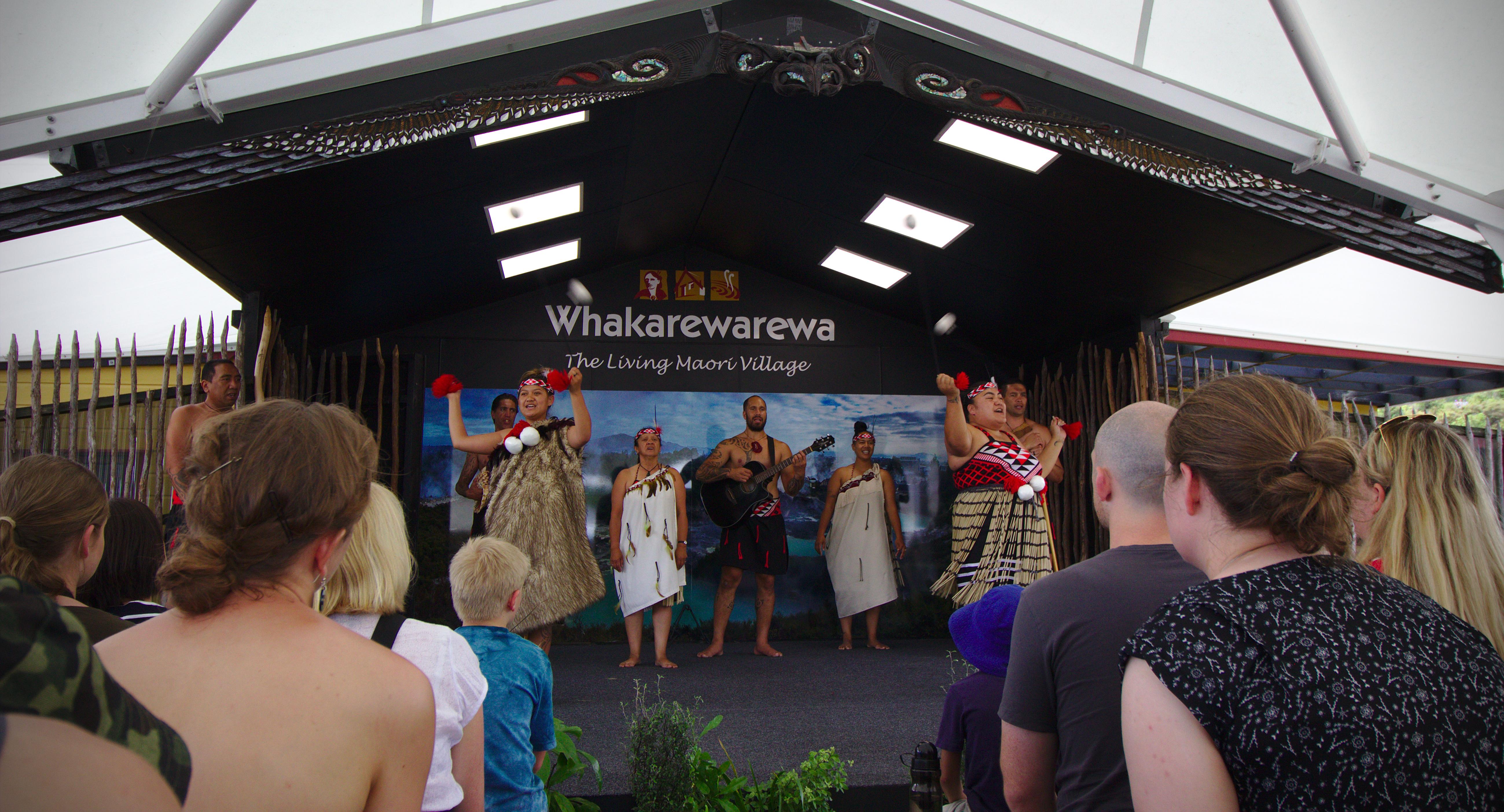 Rotorua small Group Tour
