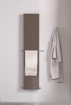 PLATE-Vertical-decorative-radiator-DELTACALOR-02