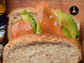 Recette de Sandwich Avocat – Truite fumée