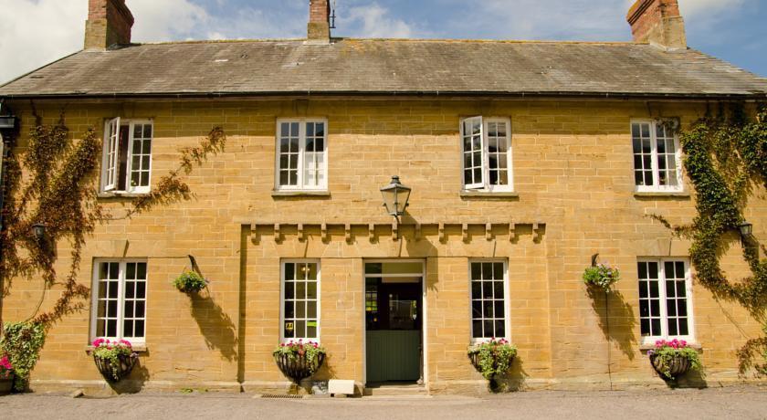 Queens Arms Corton Denham, Somerset cool, Pubs in Somerset, Somerset blog, Somerset blogger