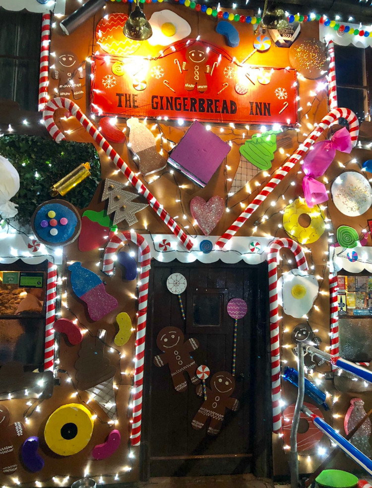 Somerset cool, Christmas in Somerset, the gingerbread inn priddy