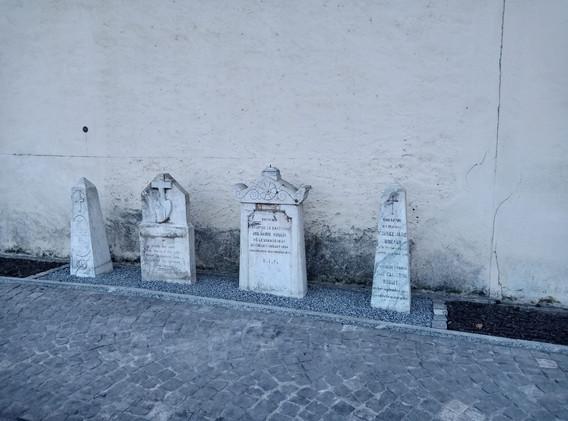 stele-cimetière2.jpg