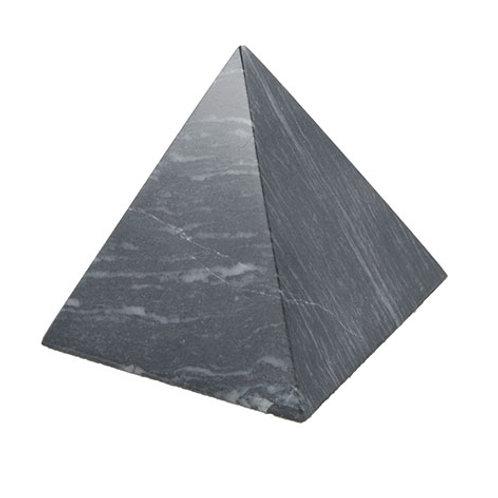 Pyramide en marbre