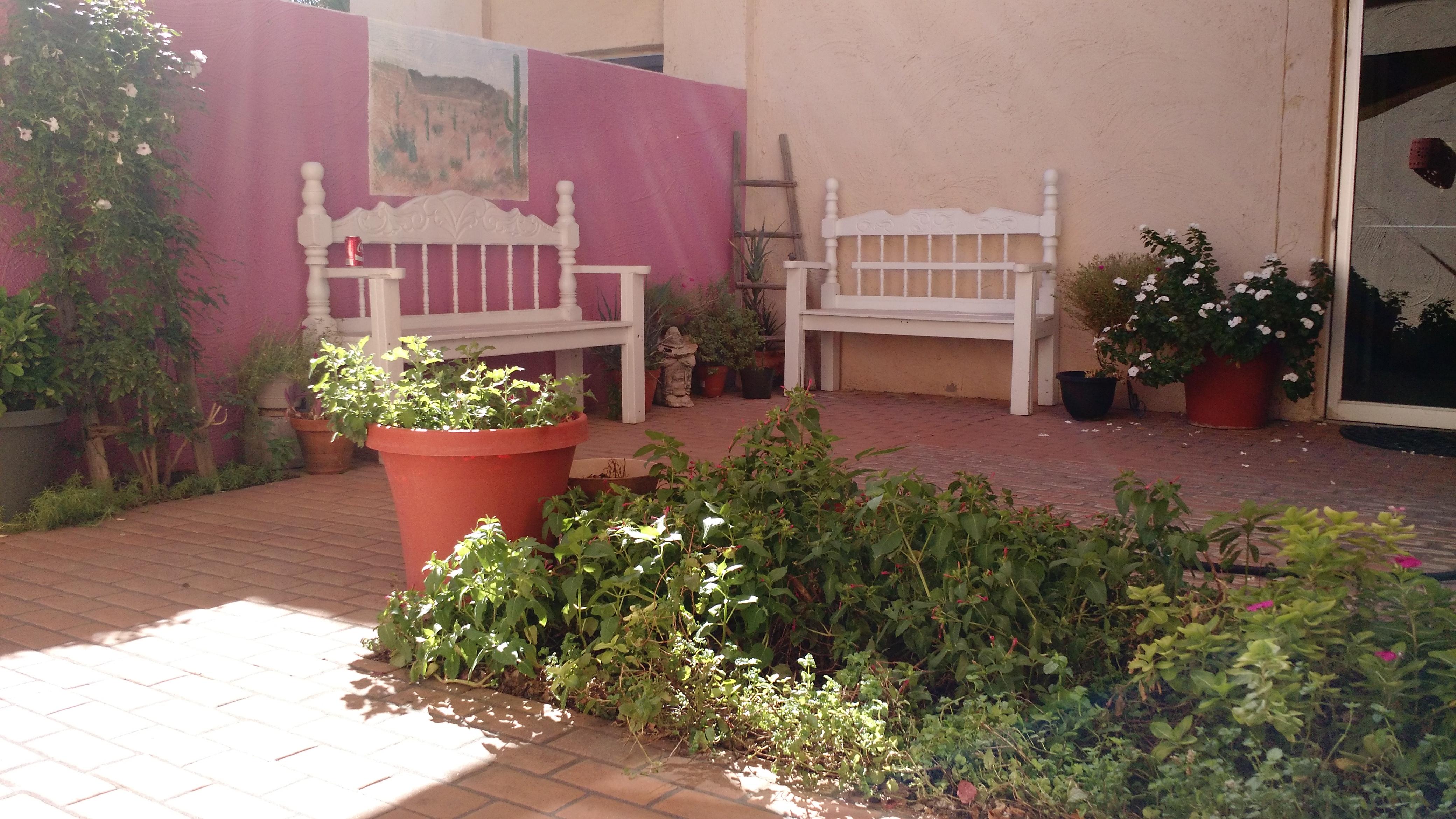 Garden/Smoking Patio