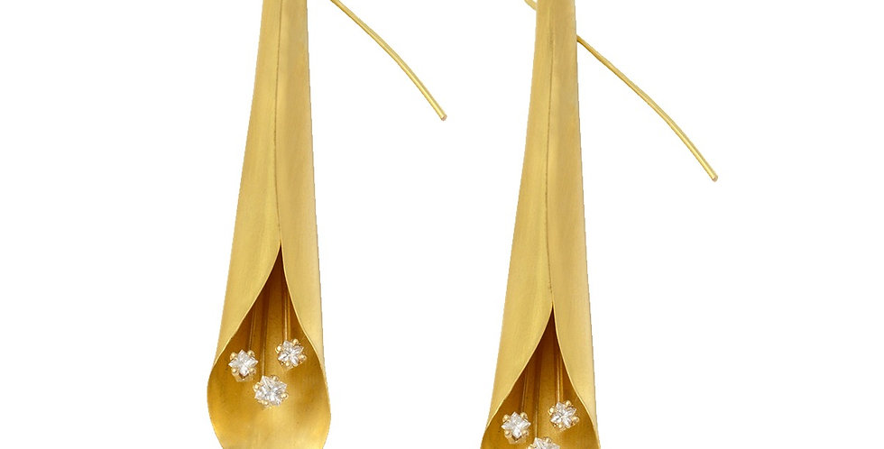 Trumpet Calla Lily Earrings with Diamonds 22KY