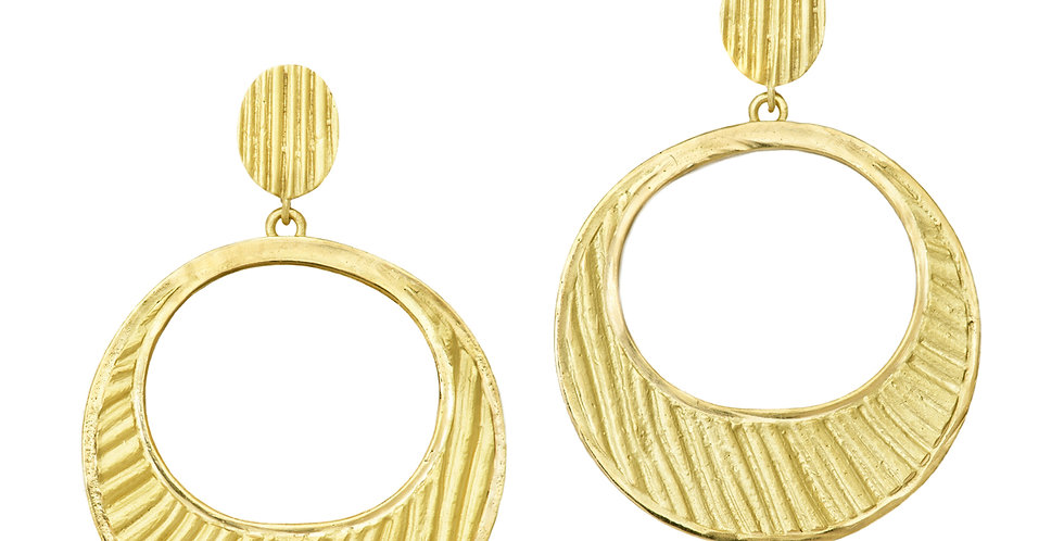 Icon Loulou Crescent Earrings 18KY