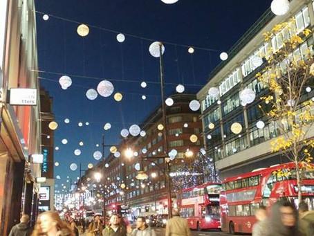 לונדון לא חיכתה לי אבל הבלוג כן!!! וגם הפתעה פורחת לכבוד החג!