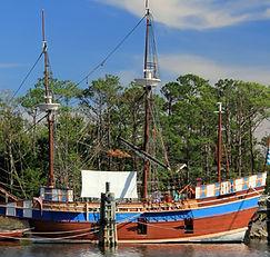 Elizabeth II replica Roanoke Island Fest