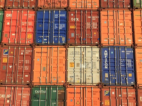How much does container devanning cost?