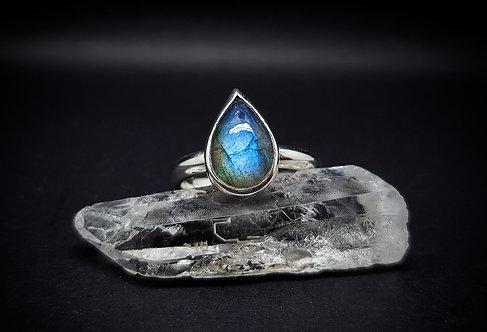Large Labradorite Tear 925 Sterling Silver Ring