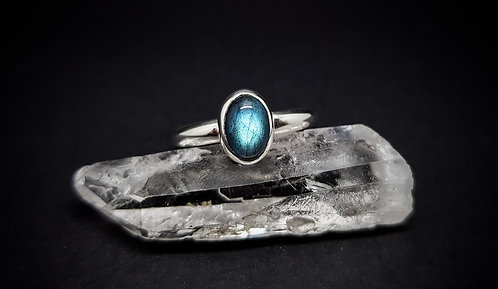 Small Oval Labradorite 925 Sterling Silver Ring