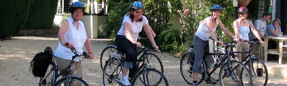 Family Cycling holiday in the Teme Valle