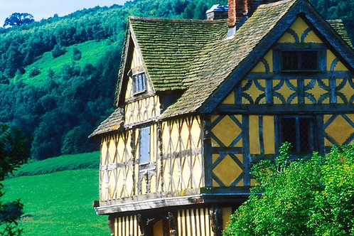 Stokesay Castle, Shropshire, cycling holidays