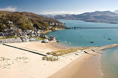 Lon Las Cymru, Welsh coast, cycling holidays, August