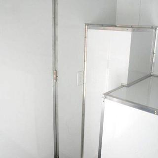 Interior 03