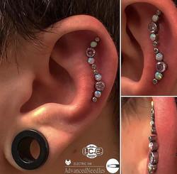 Ear Projetct Titanium Cz Multi Cores