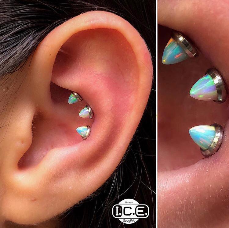 Ear Project Opal Spike Titanium