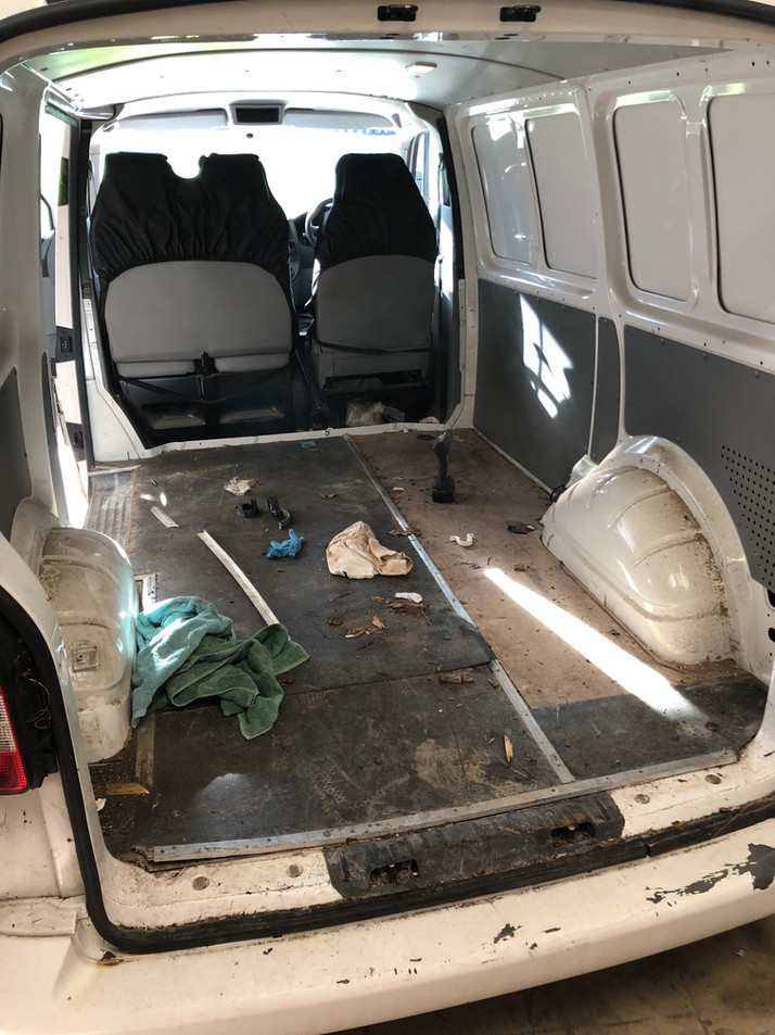 VW T5.1 2010 Kombi Conversion
