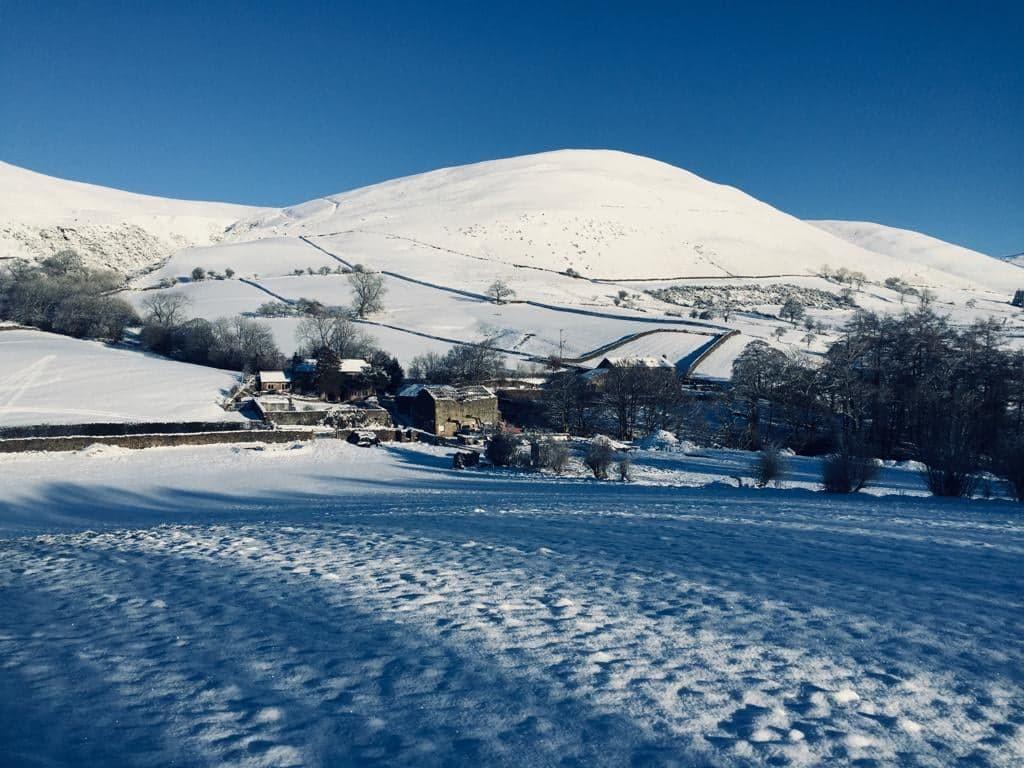Howgills Barn Winter Wonderland