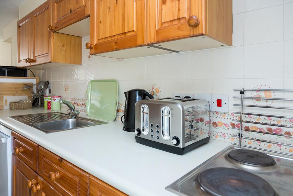 Howgills Apartments 10  Kitchen Self Cat