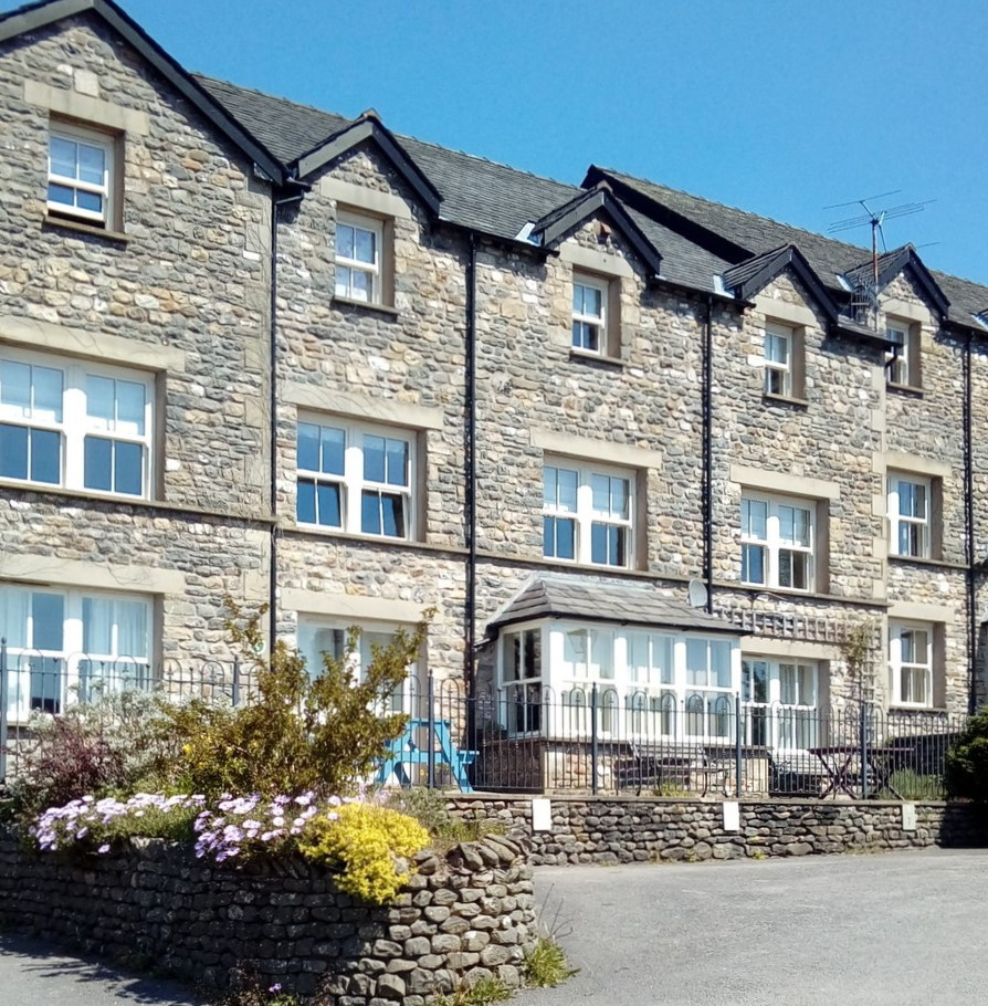 Pinewood Park Apartments: Howgills Apartments, Self Catering Accommodation In The