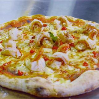 pizza%20plating%2003_edited.jpg