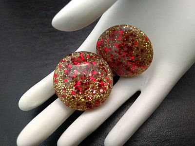 Vintage Lucite Red & Gold Confetti Holiday Clip On Earrings
