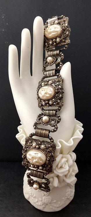 1950's Chunky Baroque Pearl Bracelet