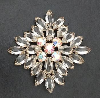 DeLizza & Elster D&E (aka Juliana) Clear Brooch Pin