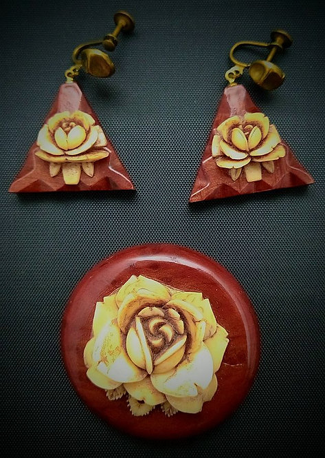 Wood and celluloid brooch and earring set