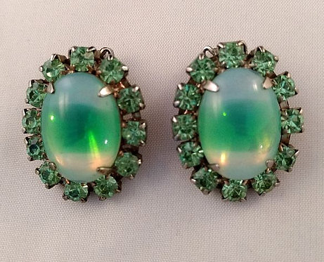 Delizza & Elster Green Givre (cat's eye) Earrings