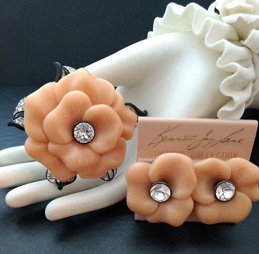 Kenneth Lane KJL Peach Lucite Flower Demi